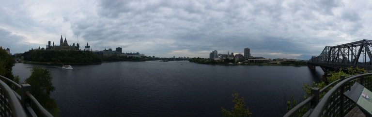 Ottawa on the left, Quebec on the right.
